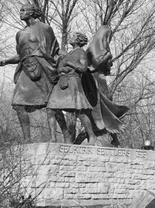 monument to selkirk settlers in winnipeg