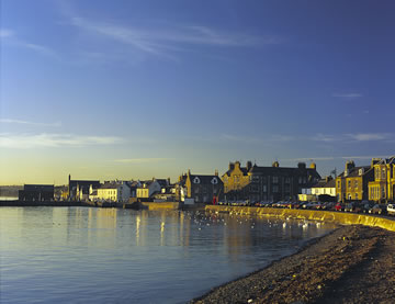 Broughty Ferry. Photo: Dundee & Angus Tourist Board